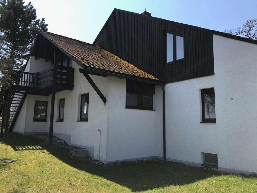 Dachgeschoßwohnung in zentraler Lage - RESERVIERT in Bernhardswald