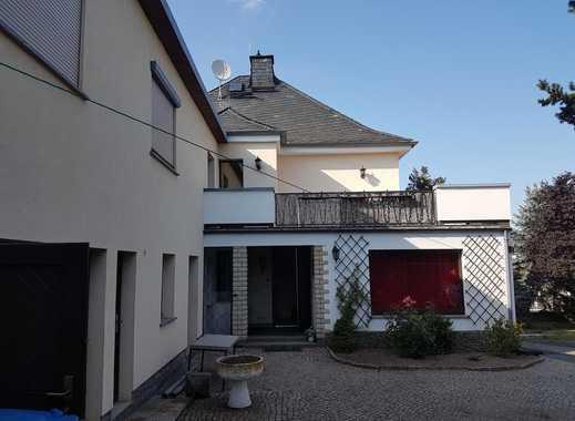 Zweifamilienhaus in guter Wohnlage!