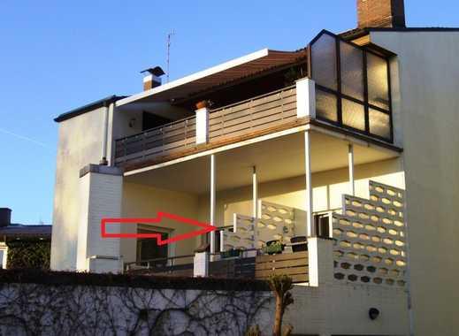 2,5 Zimmer-Wohnung im ersten Obergeschoss mit großem Balkon!!