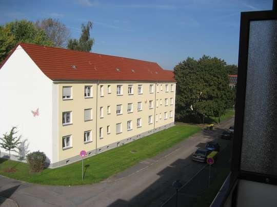 Sehe schöne 2-Raum Wohnung in ruhiger Wohnlage