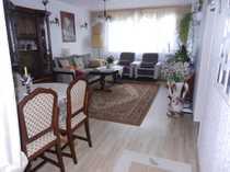 1 Etage 3-Zimmerwohnung mit Balkon