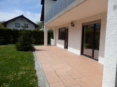 Stilvolle -Terrassenwohnung mit Süd-Garten 3,5-Zimmer in Ismaning in Ismaning