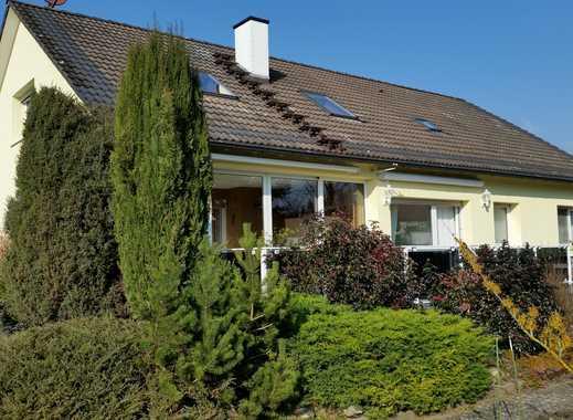 Freistehendes 1-Familien-Haus mit Garten