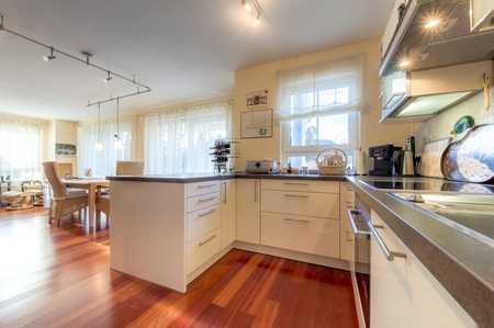 Stilvolle, geräumige 3,5-Zimmer-Luxus-Wohnung mit Balkon und EBK in Obermenzing, frei ab 1.7.2020 in Obermenzing (München)