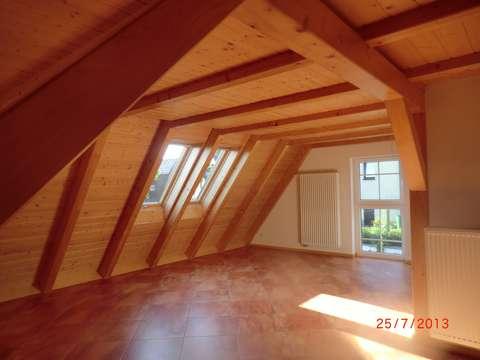 Wunderschöne 2 Raum Wohnung mit neuer Küche + Fußbodenheizungin ...