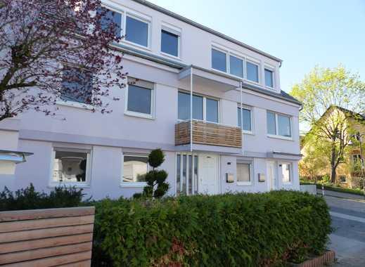 Stilvolle, vollständig renovierte 5-Zimmer-Wohnung mit Einbauküche und großen Garten in Budenheim