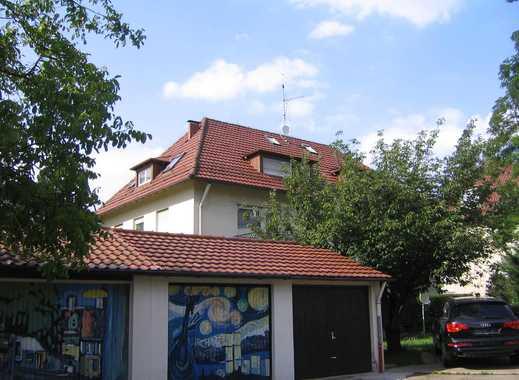 gepflegte 2-Zimmer DachWhg in Stuttgart-Süd