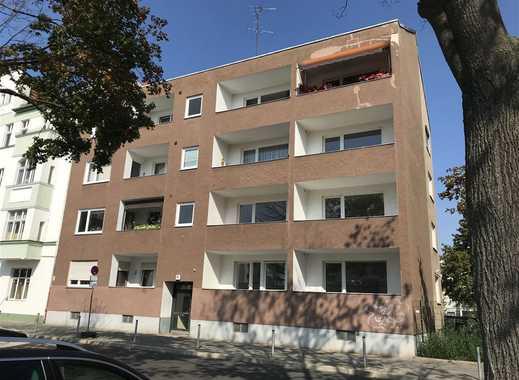 Erstbezug nach Sanierung! Lichtdurchflutete 4-Raumwohnung mit zwei Balkone!