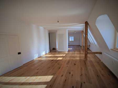 Helle, großzügige 4-Zimmer Wohnung in Kempten (Allgäu), Innenstadt in Kempten (Allgäu)-Innenstadt