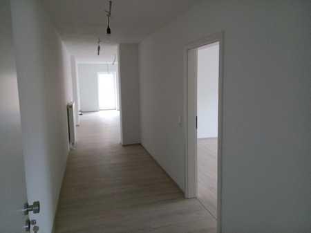Erstbezug: ansprechende 3-Zimmer-Wohnung mit Balkon in Obertraubling in Obertraubling