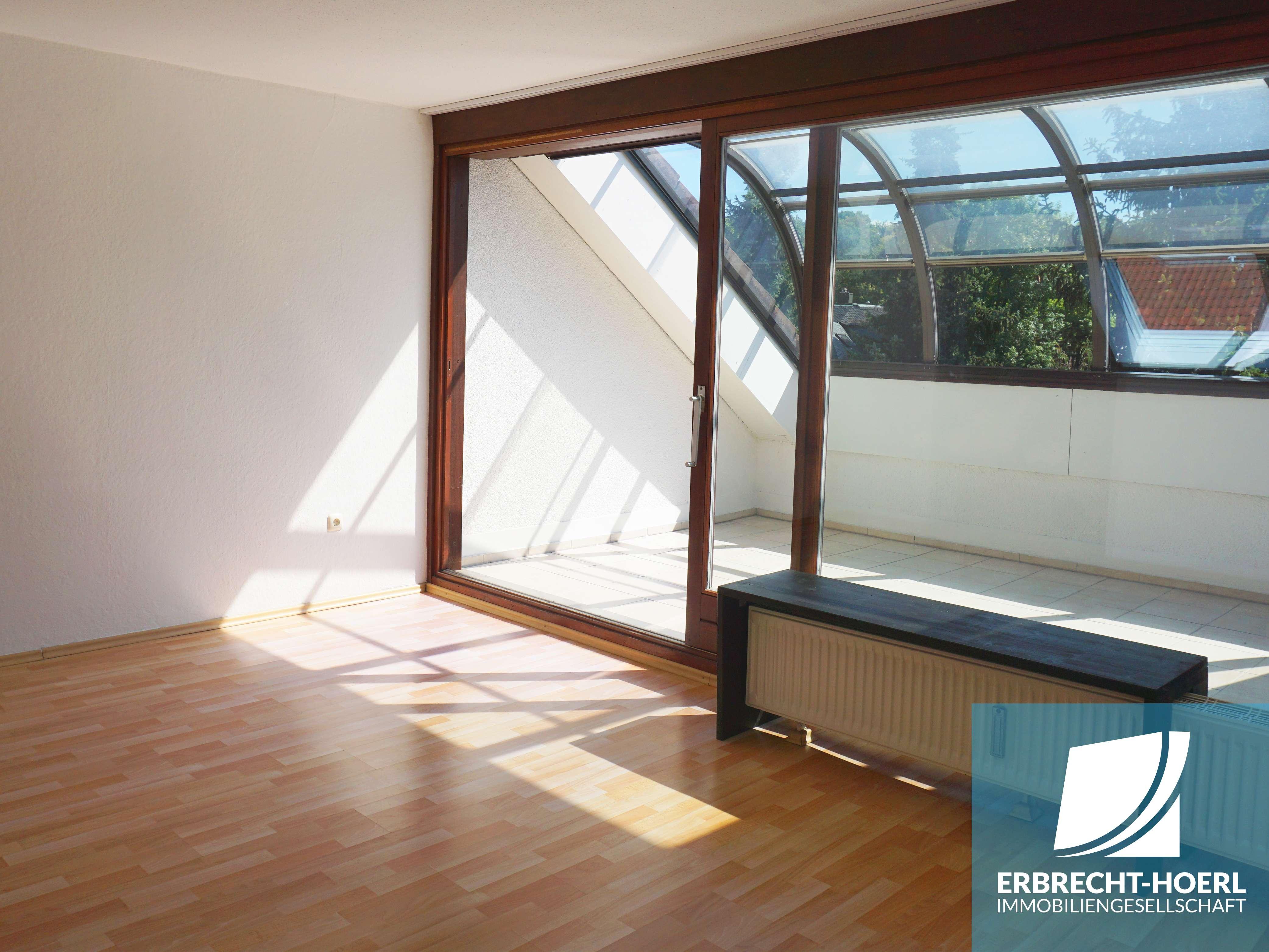 2-Zimmer-Dachgeschosswohnung am Hofgarten nahe Uni und Innenstadt in City (Bayreuth)