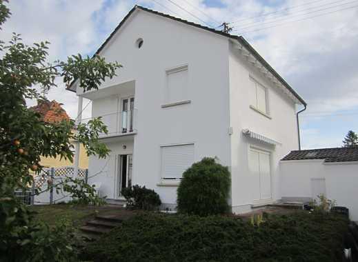 Schönes Haus mit großem Garten in ruhiger Lage, OT Iggelheim-Süd
