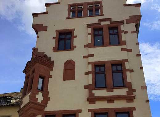 Erstbezug nach Sanierung: freundliche 3-Zimmer-Wohnung in einem Baueinzeldenkmal