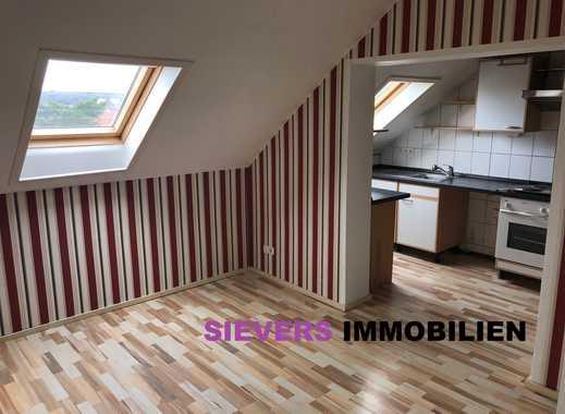 Wohntraum: 5-Zimmer-Dachgeschosswohnung mit Einbauküche