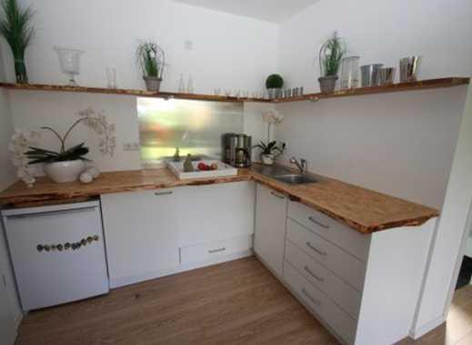 Wunderschönes Apartment mit Garten und Stellplatz !