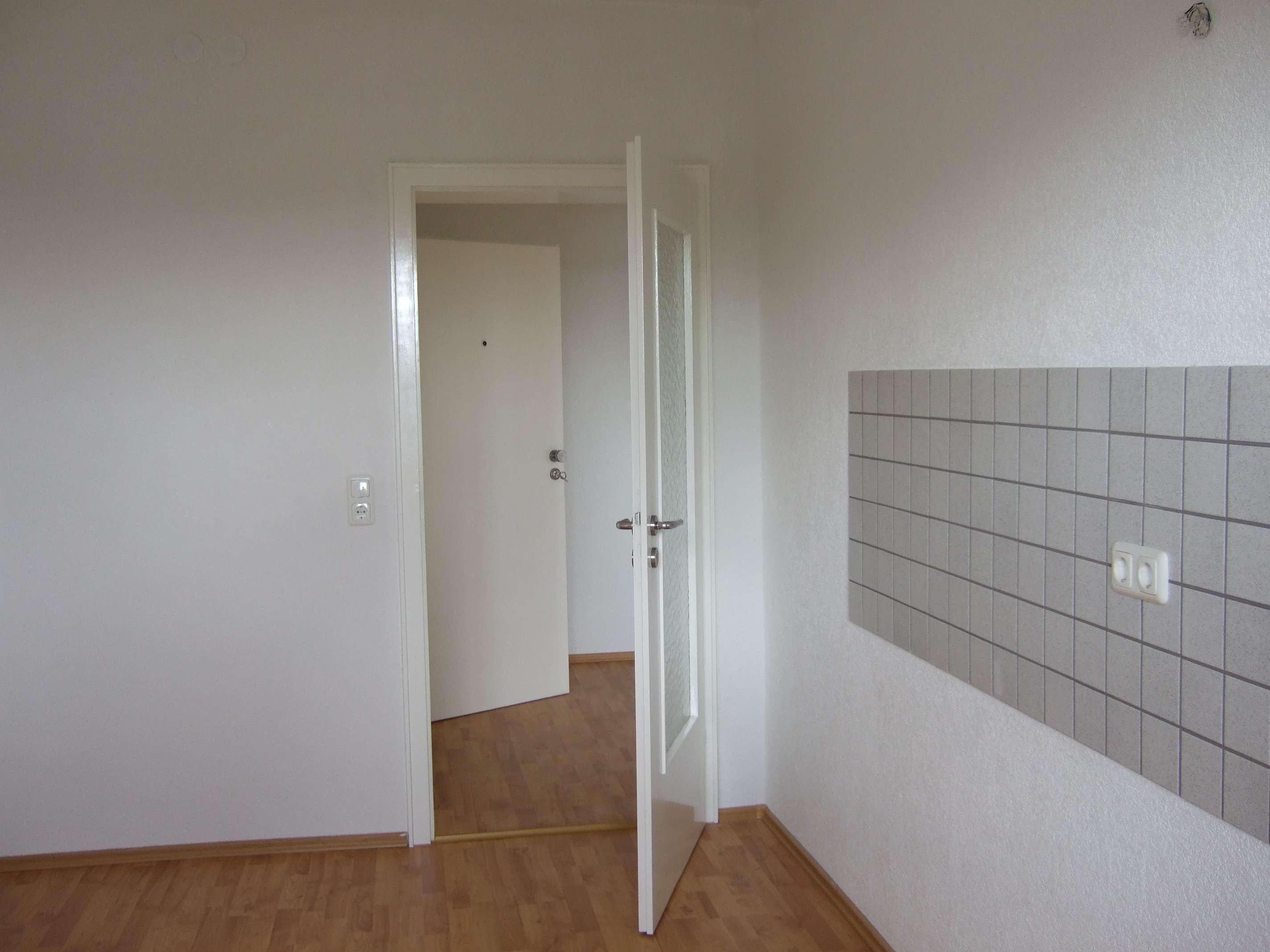 ca. 60qm Helle,ruhige gepflegte 2-Zimmer-Wohnung mit Balkon /EBK in Schwandorf Schwandorf