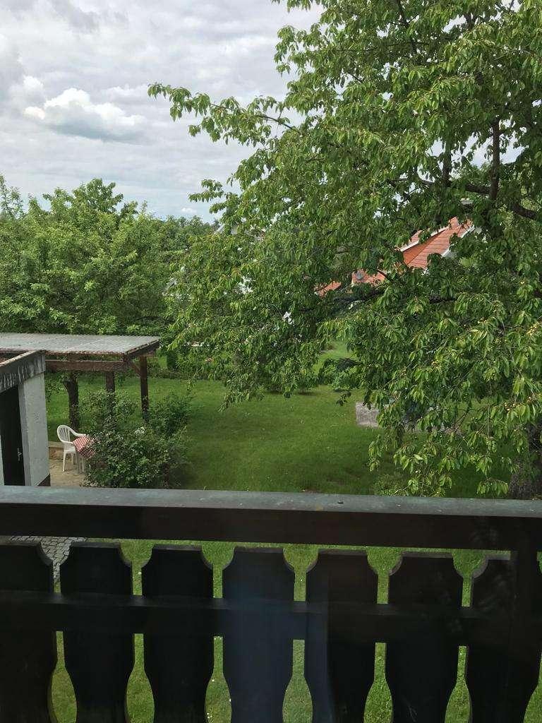 **Gemütliche 2-Zimmer-Wohnung mit Balkon** in Thurnau