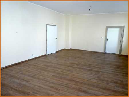 Charmante, hochwertig sanierte Drei-Zimmer-Wohnung in zentraler Innenstadtlage in Bad Brückenau