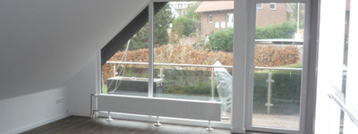 modernisierte 3,5-Zimmer-Wohnung mit Balkon und EBK in Porta-Westfalica
