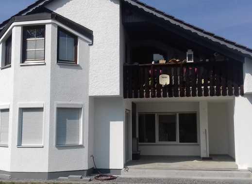 Helle 2,5 Zi. EG-Wohnung mit Terrasse und Garten zu mieten !
