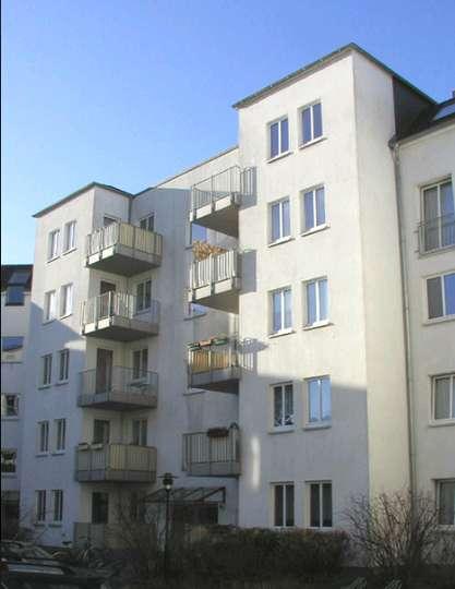 Schöne 2-Zimmer Wohnung mit Balkon in Schwerin, Lübecker Straße 38 A 