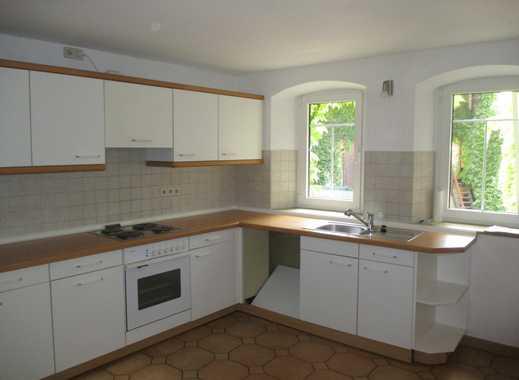 Günstige 4-Zimmer-Wohnung mit Einbauküche in Mölsheim
