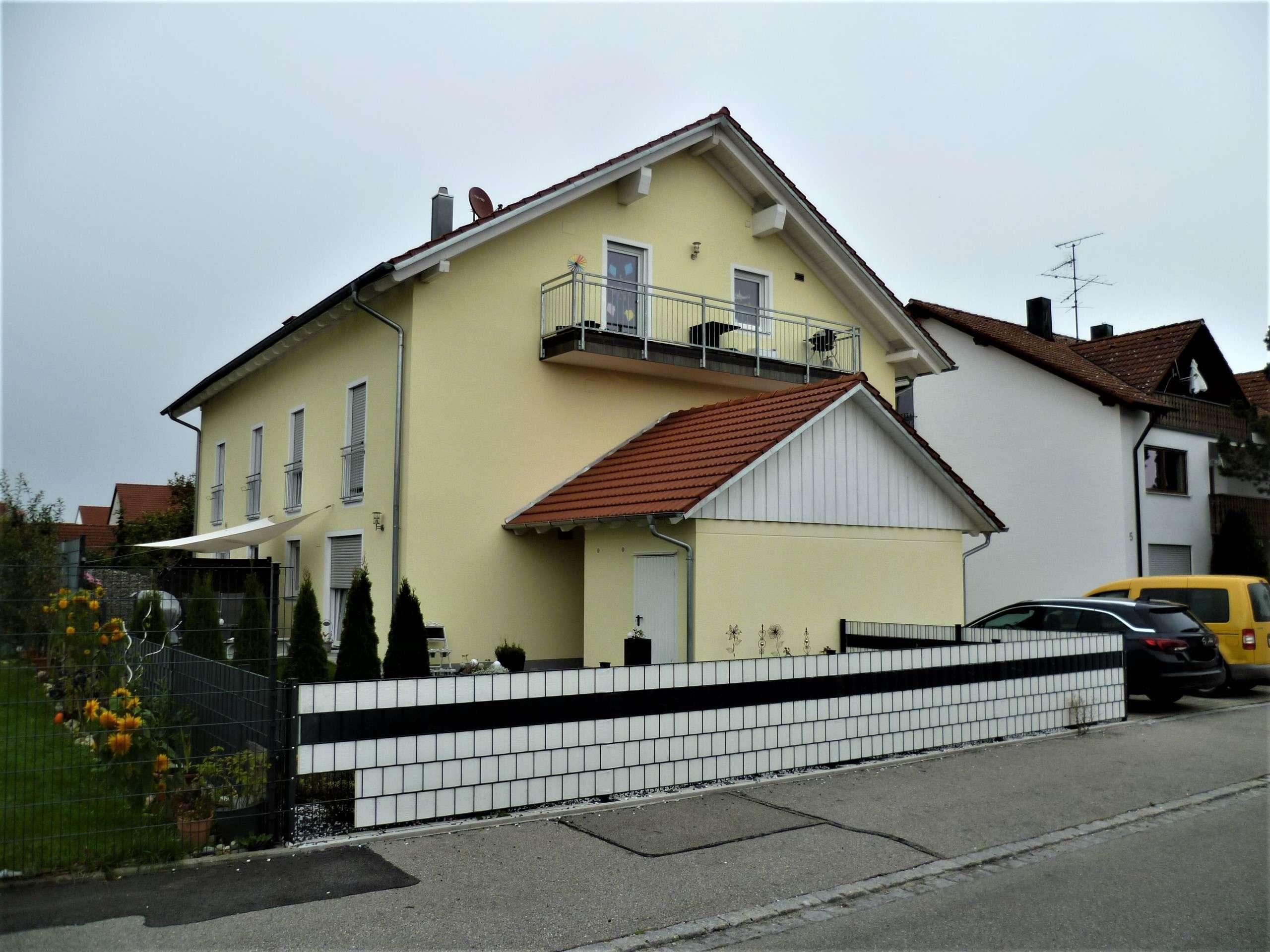 Moderne 5-Zimmer-DG-Wohnung mit Balkon und Garten in ruhiger Lage von Klosterlechfeld in Klosterlechfeld