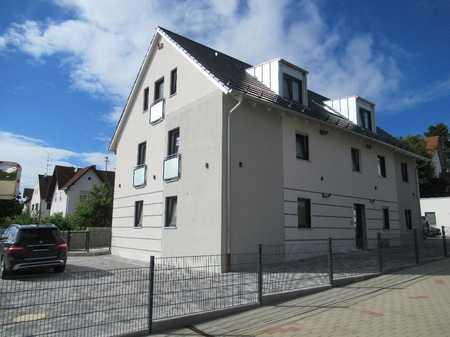 Ch.Schülke- Immobilien, Nandlstadt- sonnige 2-Zimmer-Wohnung mit Balkon in Nandlstadt