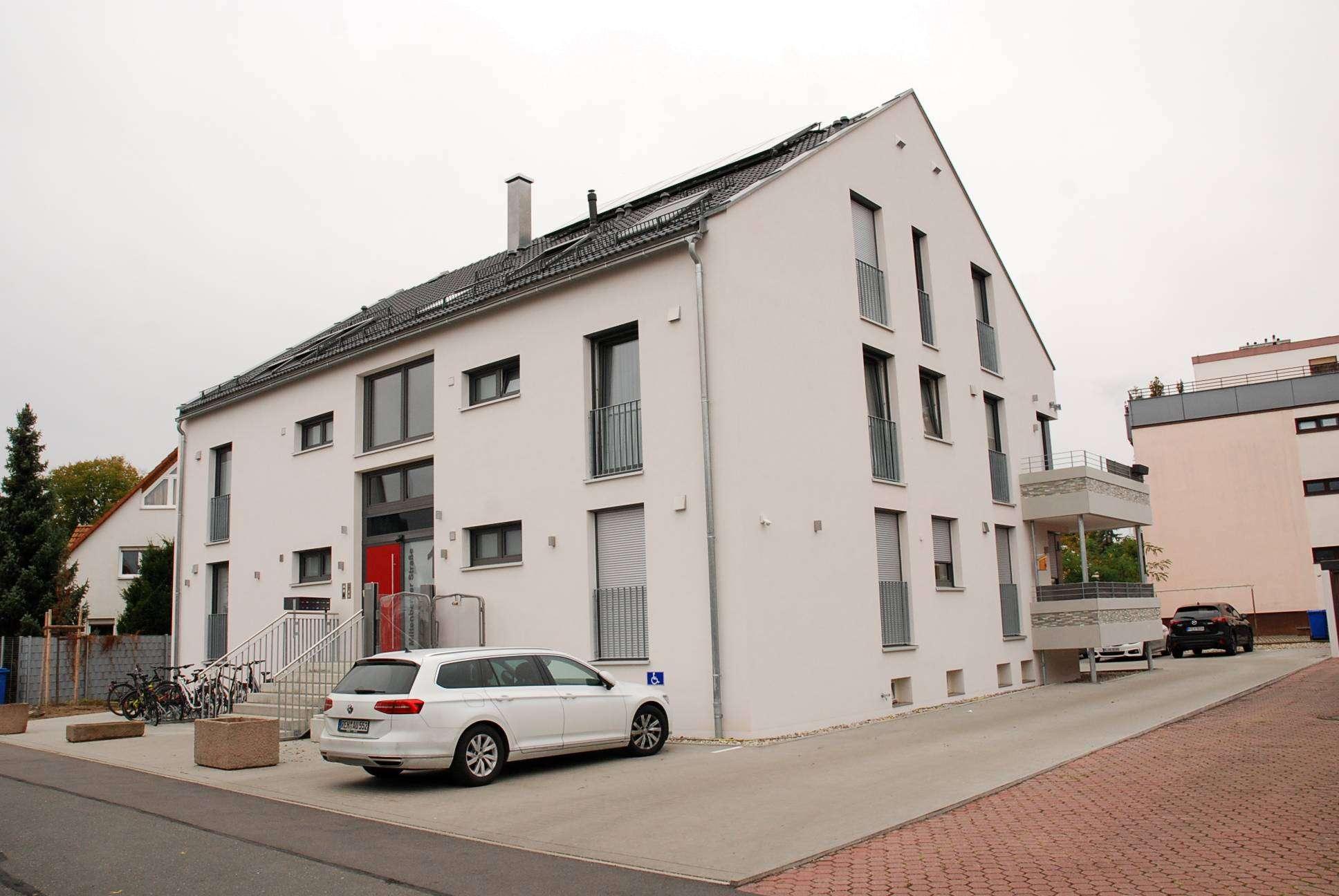Barrierefreie- exklusive- neuwertige 3 Zimmerwohnung mit Balkon-Lift-usw. in N.-Großgründlach in Großgründlach (Nürnberg)