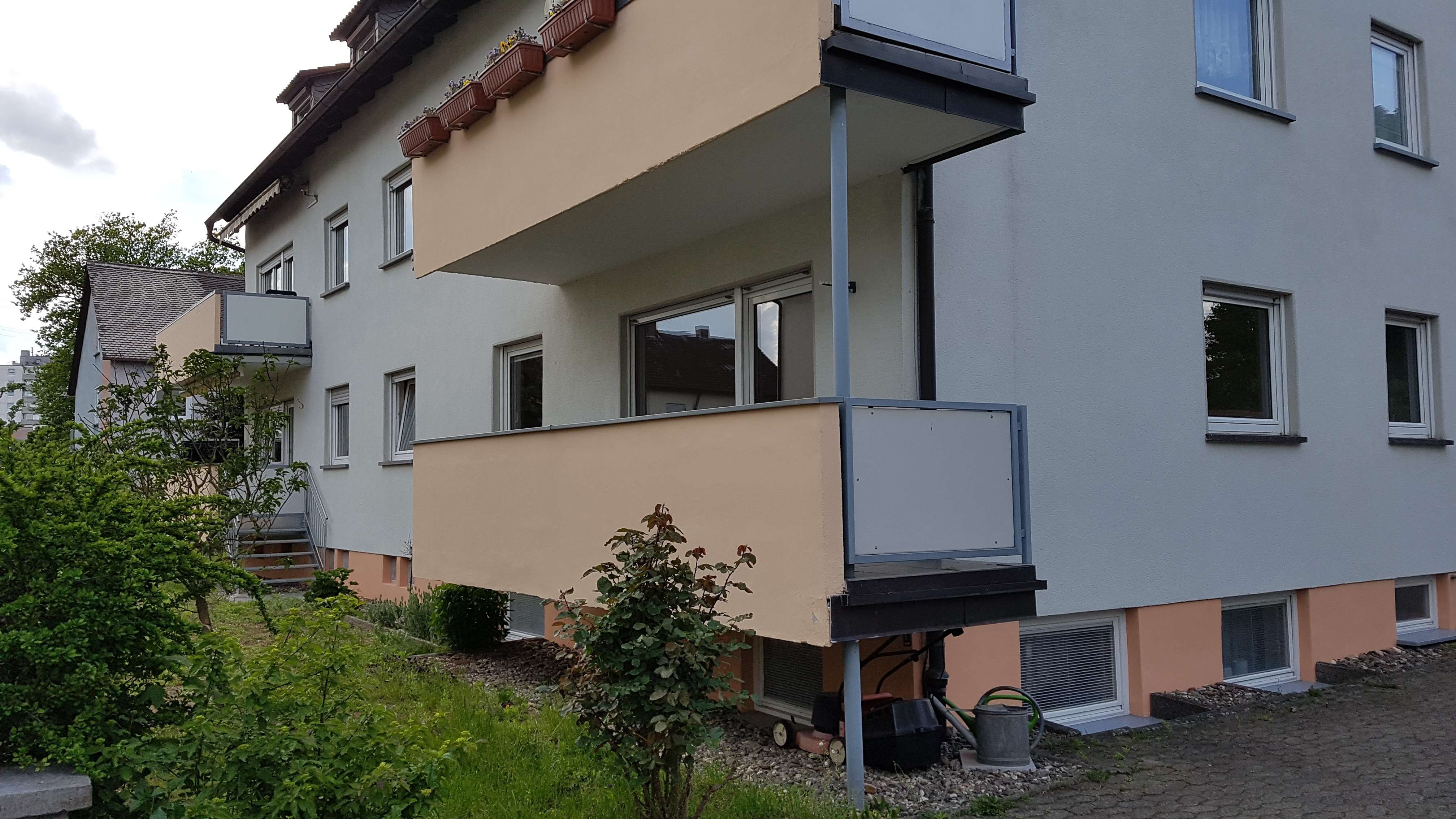 3-Zimmer-Wohnung mit Balkon, EBK und Garage in Bamberg