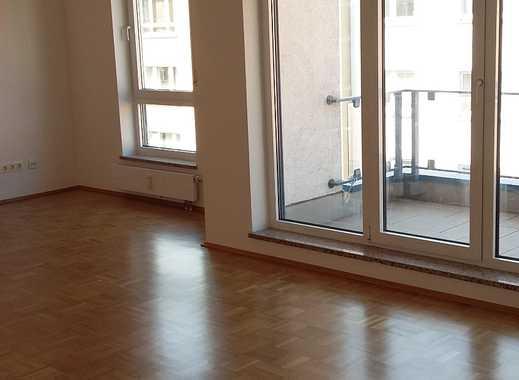 Helle und großzügig geschnittene 3 Zi.-Whg. in zentraler Wohnlage der Mainzer Neustadt -Zollhafen Nä