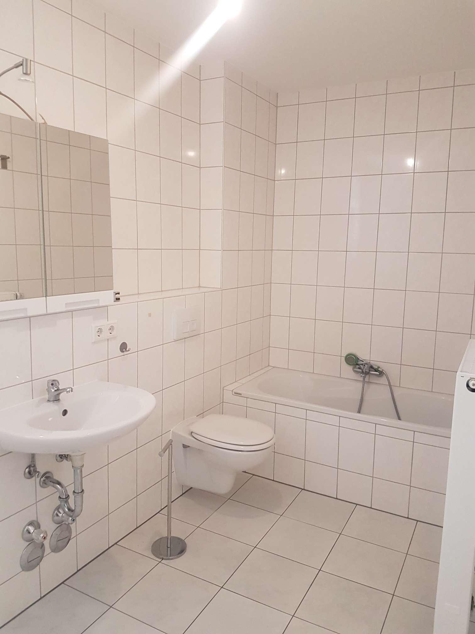 Modernisierte 1,5-Raum-Wohnung mit Einbauküche in Schwandorf in