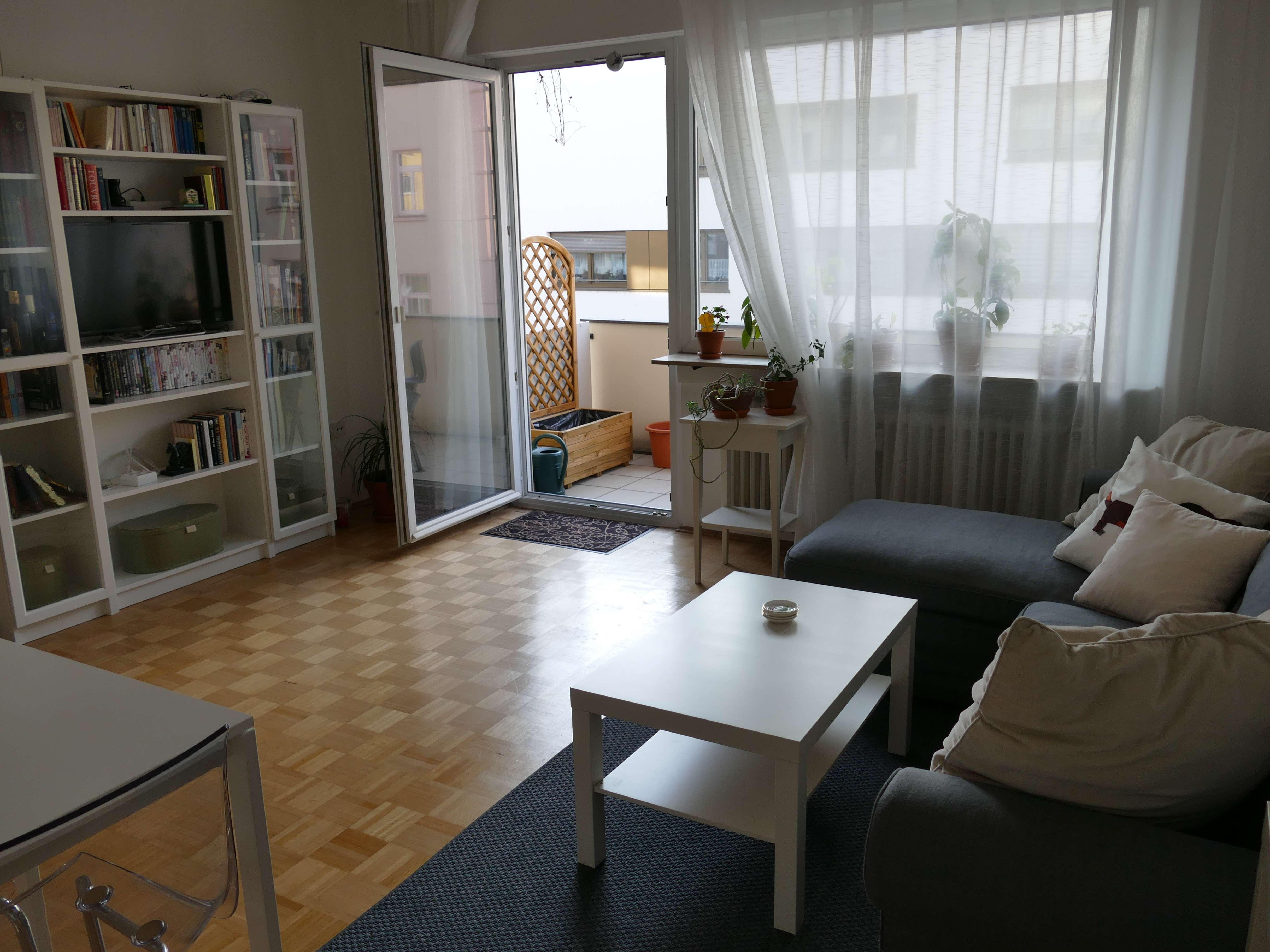 Helle 3-Zimmer-Wohnung mit Balkon, Stellplatz und Einbauküche in Würzburg in Sanderau (Würzburg)