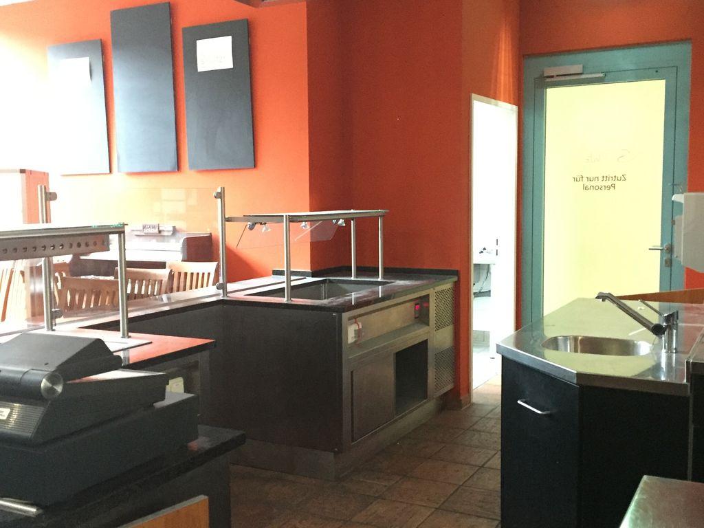 attraktive gastronomiefl che in einem b rokomplex. Black Bedroom Furniture Sets. Home Design Ideas