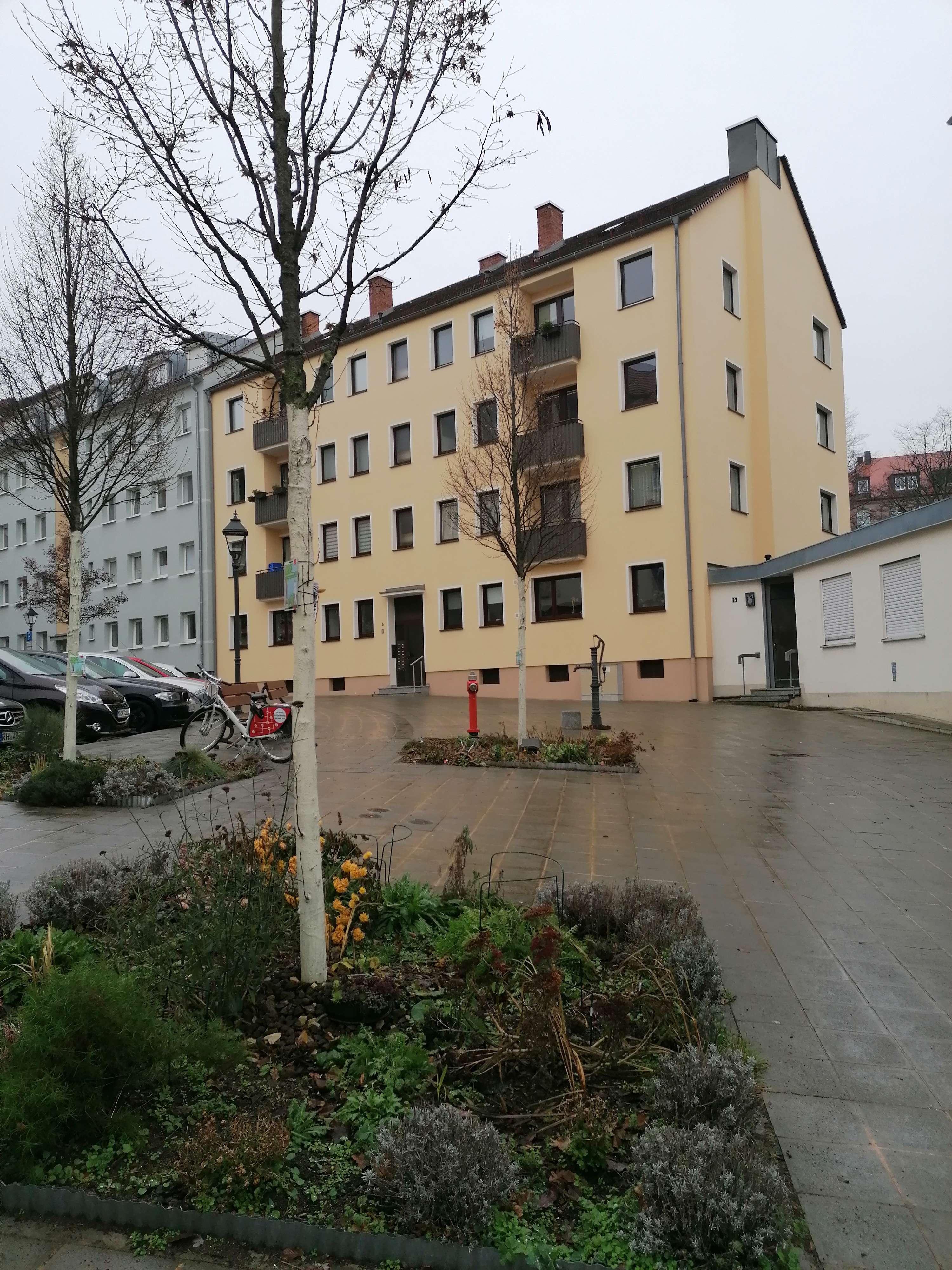 Schöne 4-Zimmerwohnung in Nürnberg-Innenstadt ! Anfragen bitte, nur per E-Mail ! in Altstadt, St. Sebald (Nürnberg)