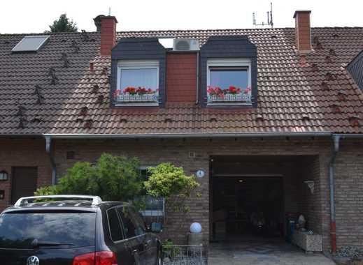 Einfamilienhaus in Toplage mit ausgebautem Spitzboden & ausgebautem Keller