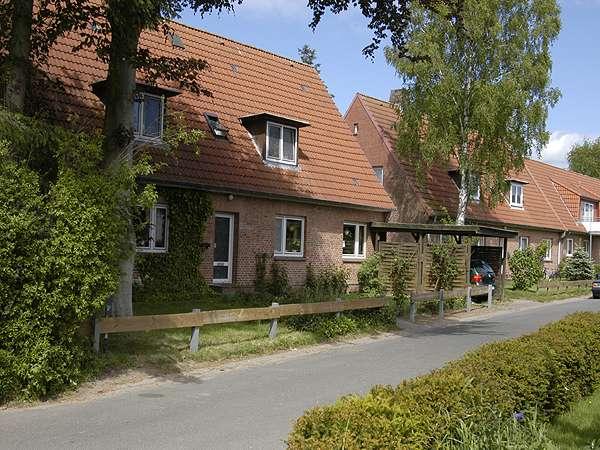 3 Zimmer-Wohnung mit Gartenanteil