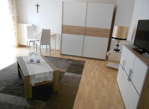 Appartement in Deggendorf, Balkon, 1. Stock, Lift, Kellerabteil, Einbauküche sep.