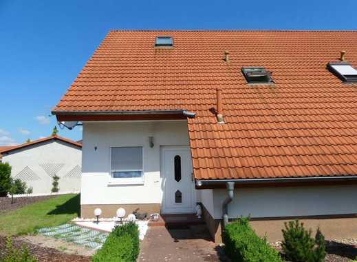 Komfortables Eigenheim mit Garage