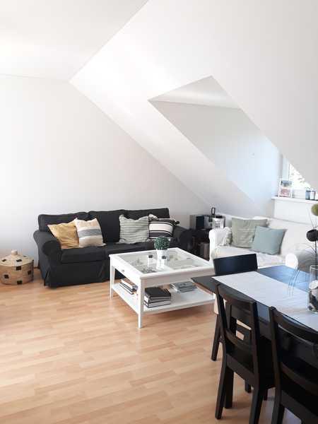 Großzügige 3-Zimmer-DG-Wohnung mit EBK und Balkon in Obergiesing, München in Obergiesing (München)