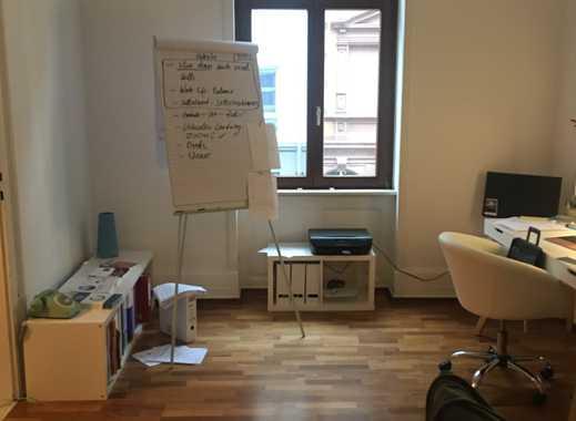Exklusive 3-Zimmer-Wohnung mit Einbauküche in Frankfurt am Main