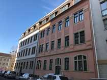 Bild Maisonettewohnung in der Friedrichstadt mit Parkett und zwei Bädern!