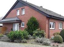 Gepflegtes freistehendes Zweifamilienhaus in ruhiger
