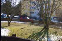 Freundliche 2-Zimmer-Hochparterre-Wohnung mit Balkon und