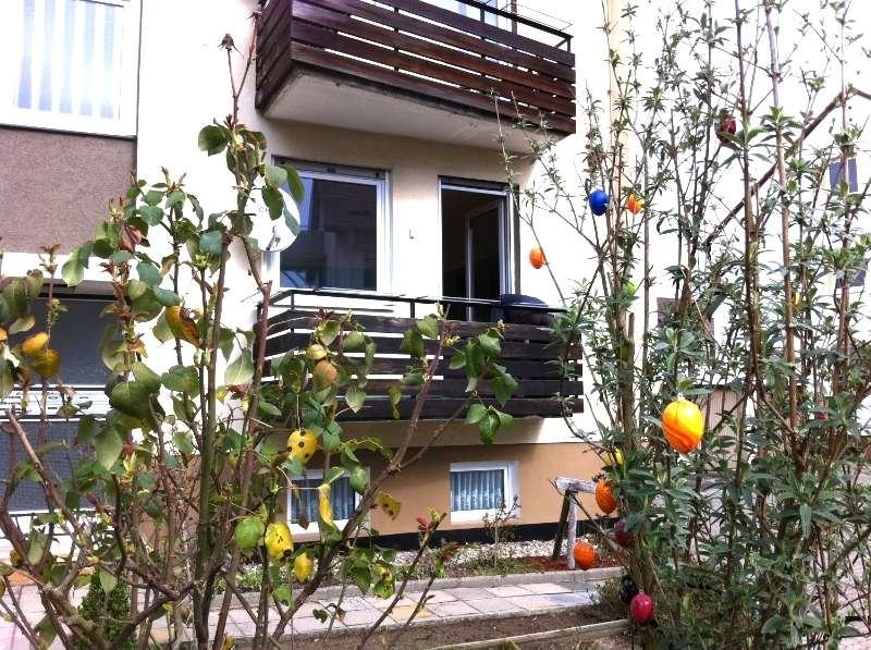2 Zi. Whg m. Flur, 1.OG mit Südbalkon und Garage u. Gartennutzung ab 1.10.19