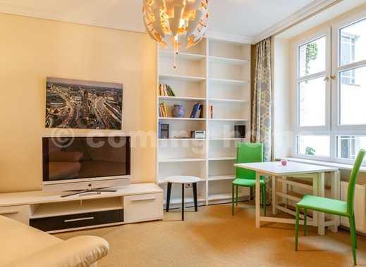 Für einen guten Start in Berlin: Ruhige Altbauwohnung mit Internet in zentraler Lage am Herrfurth...
