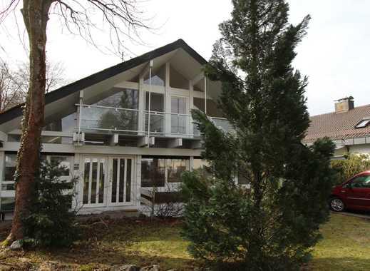 !!! Einfamilienhaus aus Holz und Glas – wohnen im Kontakt zu Natur und Jahreszeiten !!!