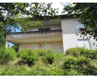 Selten angeboten: Wohnhaus auf Südhanggrundstück in Oberkotzau in Oberkotzau