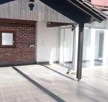 Helle Wohnung in kleiner Wohnanlage mit sehr großer Terrasse! in