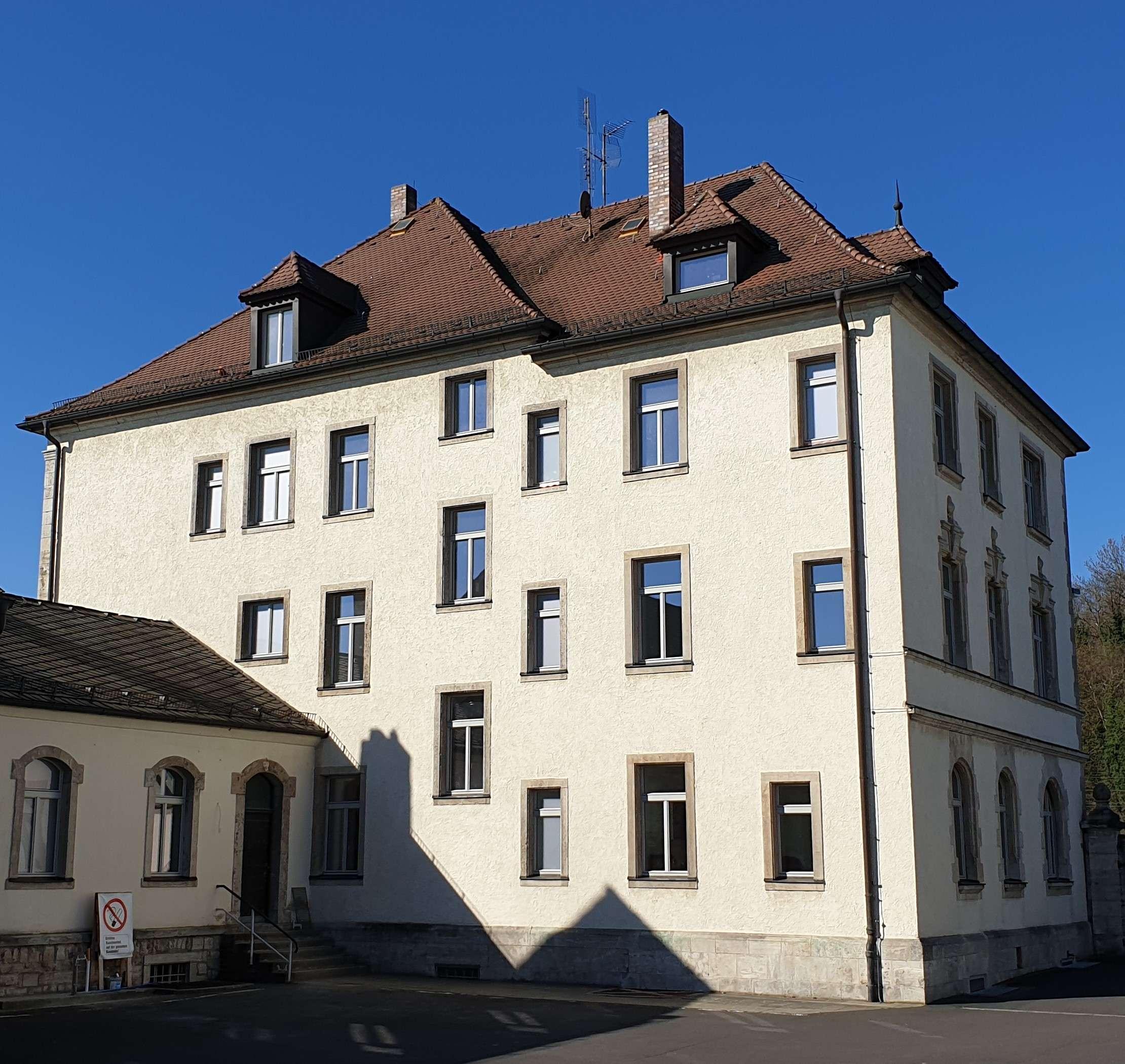 Sanierte Wohnung in guter Lage! in Kitzingen